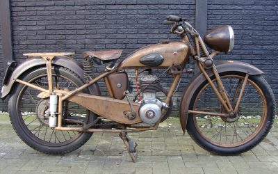 Motobecane D45s 125cc uit 1951